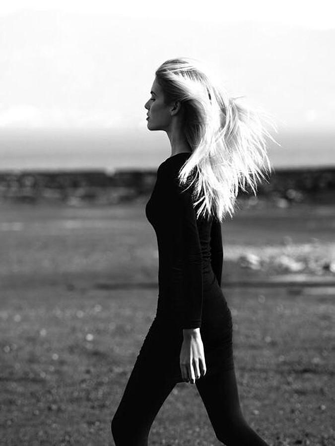 Mina Tzana model (μοντέλο). Photoshoot of model Mina Tzana demonstrating Fashion Modeling.Fashion Modeling Photo #161745
