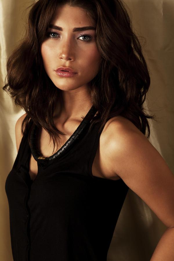 Mix Models Amsterdam modeling agency (modellenbureau). Women Casting by Mix Models Amsterdam.Women Casting Photo #104510