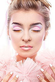 Monica Dulska makeup artist & photographer (sminka & ljósmyndari). Work by makeup artist Monica Dulska demonstrating Beauty Makeup.My makeup for Inglot Makes spring collectionBeauty Makeup Photo #171350