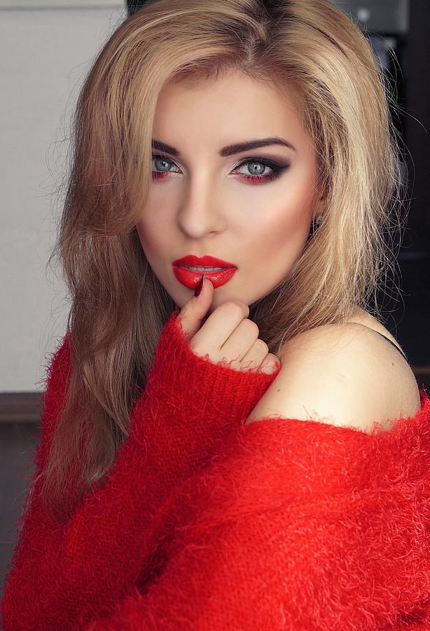 Monica Dulska makeup artist & photographer (sminka & ljósmyndari). Work by makeup artist Monica Dulska demonstrating Beauty Makeup.Beauty Makeup Photo #171374