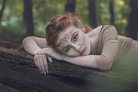 Monica Dulska makeup artist & photographer (sminka & ljósmyndari). Work by makeup artist Monica Dulska demonstrating Creative Makeup.#Elves #inspirde  #makeupCreative Makeup Photo #172120