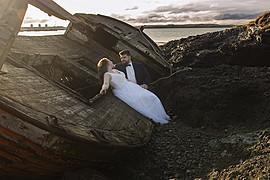 Monica Dulska makeup artist & photographer (sminka & ljósmyndari). Work by makeup artist Monica Dulska demonstrating Bridal Makeup.#Iceland #bridal #photosessionEditorial SceneBridal Makeup Photo #172122