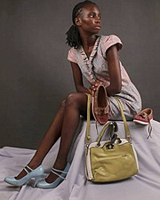 Monini Mier u model. Photoshoot of model Monini Mier u demonstrating Fashion Modeling.Model: Maureen NdutaPhotographer : Alloys ItebaWardrobe : kiengenaomidesignLookbook,PurseFashion Photography,Fashion Modeling Photo #161577