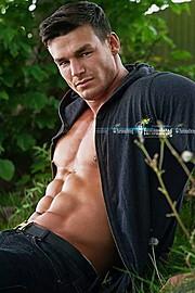 Myles Leask model. Photoshoot of model Myles Leask demonstrating Face Modeling.Face Modeling Photo #104013