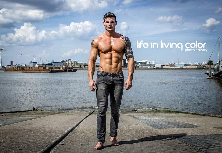 Myles Leask model. Photoshoot of model Myles Leask demonstrating Body Modeling.Body Modeling Photo #104017