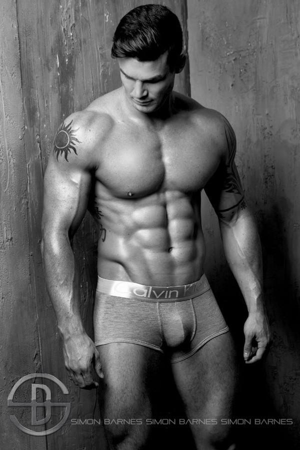 Myles Leask model. Photoshoot of model Myles Leask demonstrating Body Modeling.Body Modeling Photo #104021