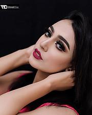 Nada Elqassem model. Photoshoot of model Nada Elqassem demonstrating Face Modeling.Face Modeling Photo #209057