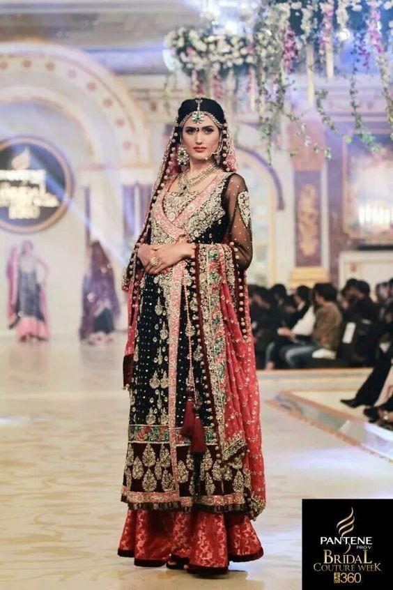 Nadia Kashif model. Photoshoot of model Nadia Kashif demonstrating Fashion Modeling.Fashion Modeling Photo #171232