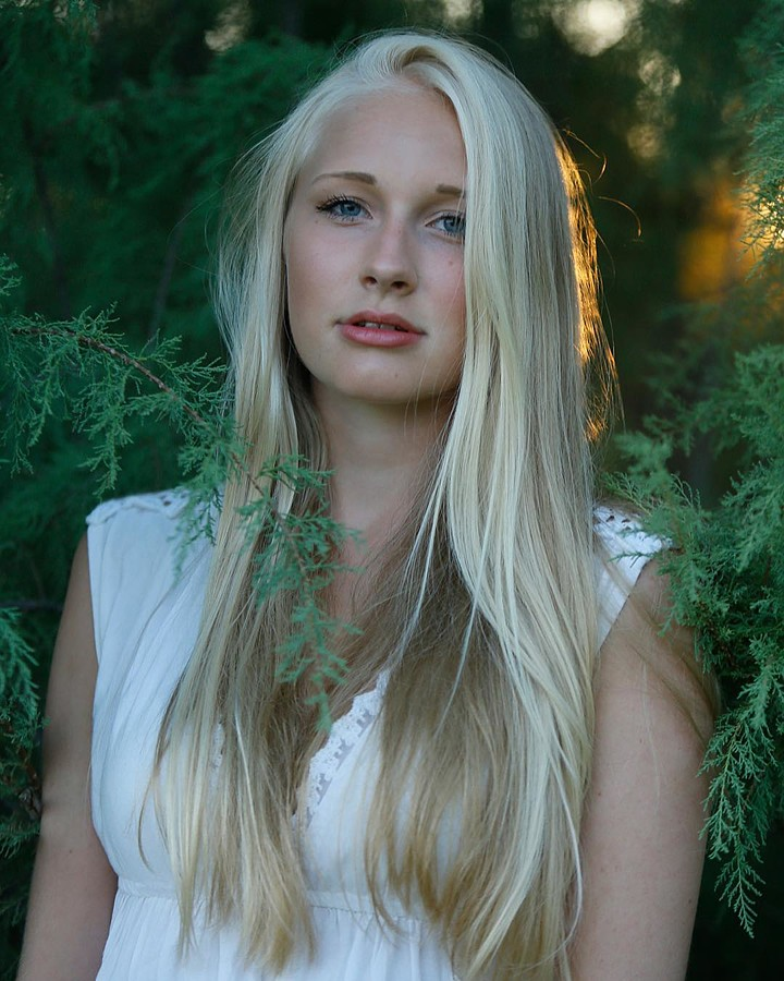 Nadia Kouloura photographer (φωτογράφος). Work by photographer Nadia Kouloura demonstrating Portrait Photography.Portrait Photography Photo #200053