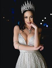 Nancy Pitta model (Νάνσυ Πήττα μοντέλο). Photoshoot of model Nancy Pitta demonstrating Fashion Modeling.Fashion Modeling Photo #212031