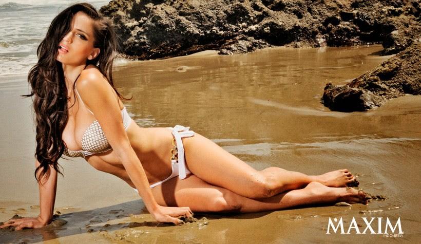 Natalia Barulich model. Photoshoot of model Natalia Barulich demonstrating Body Modeling.Body Modeling Photo #120345