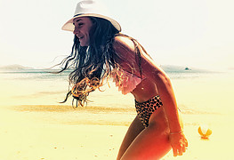 Natalie Filippopoulou model (μοντέλο). Photoshoot of model Natalie Filippopoulou demonstrating Body Modeling.Body Modeling Photo #200960