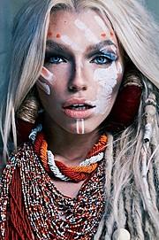 Natalie Phillips model. Photoshoot of model Natalie Phillips demonstrating Face Modeling.Face Modeling Photo #169184