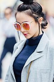 Natalie Tien model. Photoshoot of model Natalie Tien demonstrating Face Modeling.Face Modeling Photo #172223