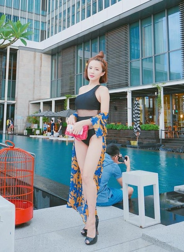 Natalie Tien model. Photoshoot of model Natalie Tien demonstrating Fashion Modeling.Fashion Modeling Photo #172224