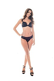 Natasa Nicolaou (Νατάσα Νικόλαου) model. Photoshoot of model Natasa Nicolaou demonstrating Body Modeling.Body Modeling Photo #173657