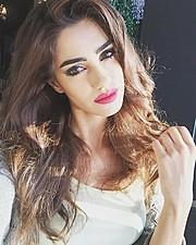 Natasa Nicolaou (Νατάσα Νικόλαου) model. Photoshoot of model Natasa Nicolaou demonstrating Face Modeling.Face Modeling Photo #173665