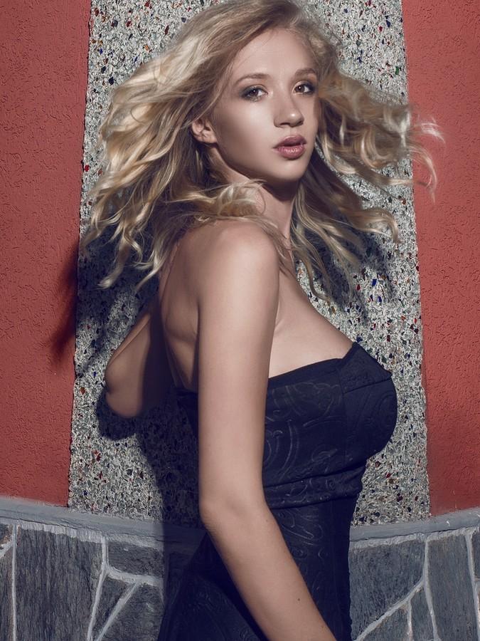 Natasha Legeyda model (modella). Photoshoot of model Natasha Legeyda demonstrating Face Modeling.Face Modeling Photo #161388