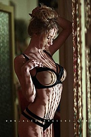 Natasha Legeyda model (modella). Natasha Legeyda demonstrating Body Modeling, in a photoshoot by Alex Comaschi.Body Modeling Photo #168009