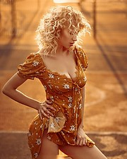 Natasha Legeyda model (modella). Natasha Legeyda demonstrating Fashion Modeling, in a photoshoot by Evgenia Persidskaya.photographer: Evgenia PersidskayaFashion Modeling Photo #199407