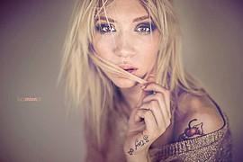 Natasha Legeyda model (modella). Natasha Legeyda demonstrating Face Modeling, in a photoshoot by Luca Mion.Face Modeling Photo #96877