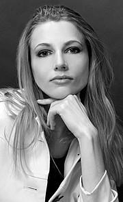 Natasha Portier model (модель). Photoshoot of model Natasha Portier demonstrating Face Modeling.Face Modeling Photo #74288