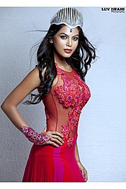Natasha Suri model. Photoshoot of model Natasha Suri demonstrating Fashion Modeling.Fashion Modeling Photo #122523
