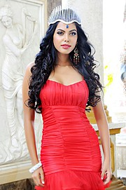 Natasha Suri model. Photoshoot of model Natasha Suri demonstrating Fashion Modeling.Fashion Modeling Photo #122636