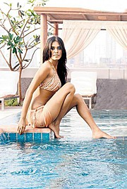 Natasha Suri model. Photoshoot of model Natasha Suri demonstrating Commercial Modeling.Commercial Modeling Photo #122648