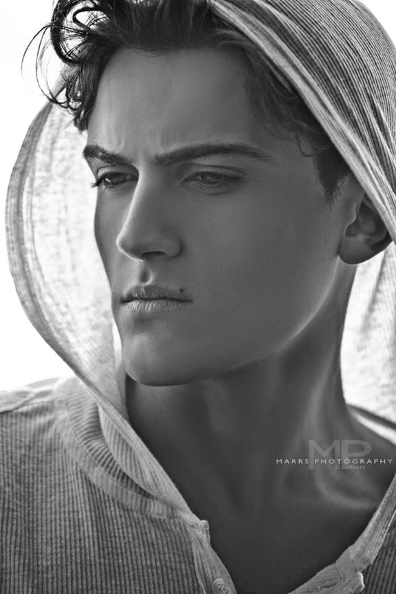 Nattan Pires model. Photoshoot of model Nattan Pires demonstrating Face Modeling.Face Modeling Photo #96747