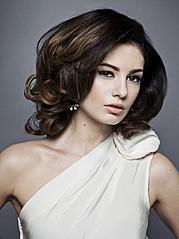 Nicole Ametrine model. Photoshoot of model Nicole Ametrine demonstrating Face Modeling.Face Modeling Photo #109550