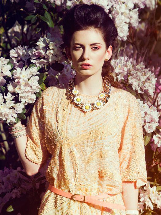 Nicole Ametrine model. Photoshoot of model Nicole Ametrine demonstrating Face Modeling.NecklaceFace Modeling Photo #109554