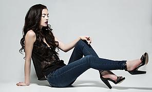 Nicole Ametrine model. Nicole Ametrine demonstrating Fashion Modeling, in a photoshoot by Mark Wong.photographer:Mark Wonghair and makeup:KJ of Glass Visage BoutiqueFashion Modeling Photo #84588