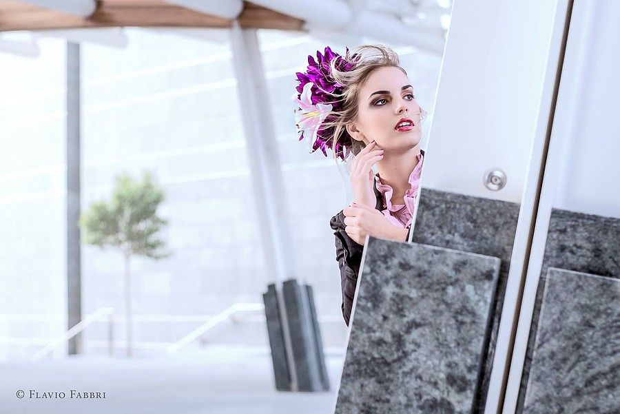 Nicole Andrea model (modella). Photoshoot of model Nicole Andrea demonstrating Face Modeling.Face Modeling Photo #109159