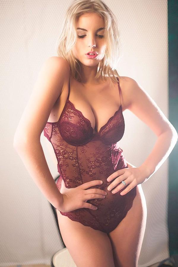 Nicole Andrea model (modella). Photoshoot of model Nicole Andrea demonstrating Fashion Modeling.Fashion Modeling Photo #109161