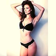 Nicole Domecus model. Photoshoot of model Nicole Domecus demonstrating Body Modeling.By Creative SmilesBody Modeling Photo #126344