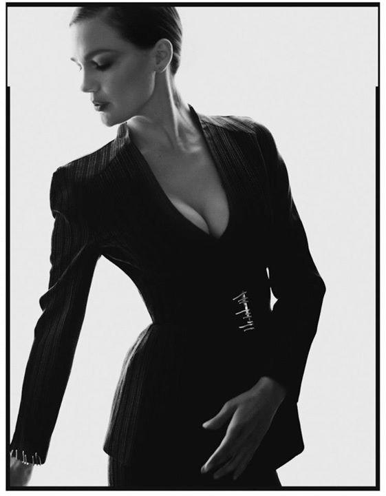 Nicole Domecus model. Photoshoot of model Nicole Domecus demonstrating Fashion Modeling.Fashion Modeling Photo #126363