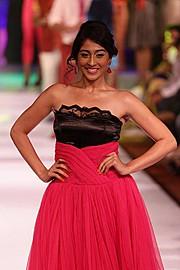 Nikita Sharma makeup artist. Work by makeup artist Nikita Sharma demonstrating Runway Makeup.Runway Makeup Photo #100805