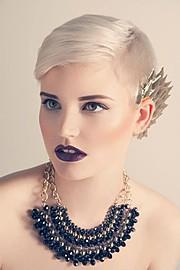 Nikki Hafter model (modell). Photoshoot of model Nikki Hafter demonstrating Face Modeling.Face Modeling Photo #71841