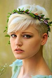 Nikki Hafter model (modell). Photoshoot of model Nikki Hafter demonstrating Face Modeling.Face Modeling Photo #71843