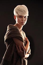 Nikki Hafter model (modell). Photoshoot of model Nikki Hafter demonstrating Face Modeling.Face Modeling Photo #71848