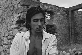 Nikolaos Karachalios model (μοντέλο). Photoshoot of model Nikolaos Karachalios demonstrating Face Modeling.Face Modeling Photo #217786