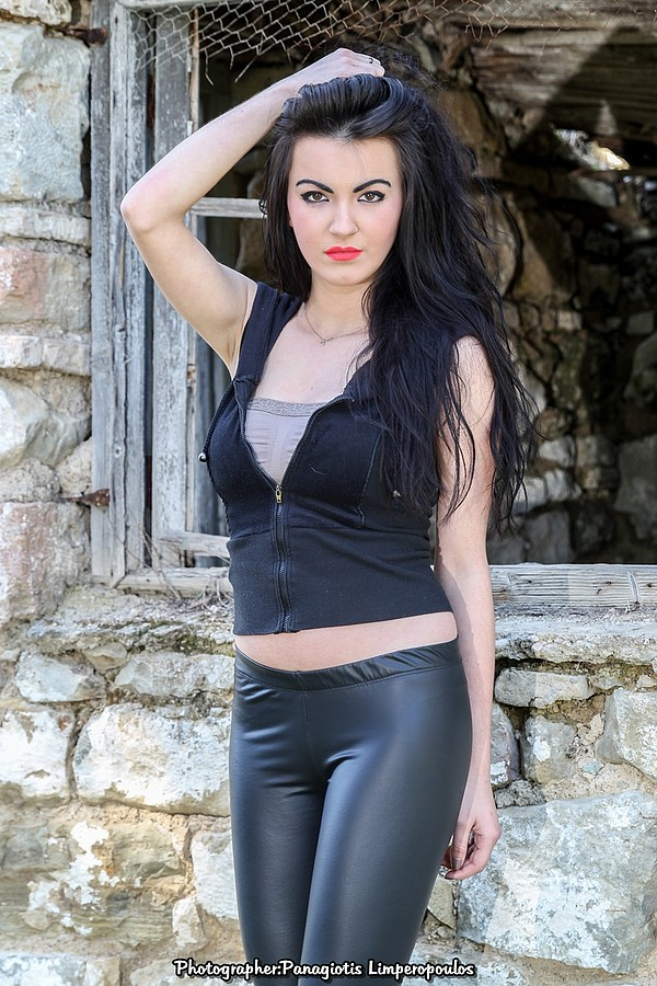 Nikoleta Kalogianni model (Νικολέτα Καλογιάννη μοντέλο). Nikoleta Kalogianni demonstrating Fashion Modeling, in a photoshoot by Panagiotis Lymperopoulos.Photographer: Panagiotis LymperopoulosModel: Nikoleta KalogianniLocation: Vasilika AnaktoraCopy