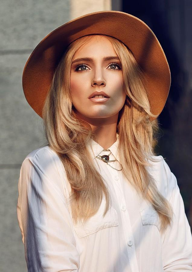 Nikolina Begovac model. Nikolina Begovac demonstrating Face Modeling, in a photoshoot by Petr Andrysek.Photographer: Petr AndrysekFace Modeling Photo #129253