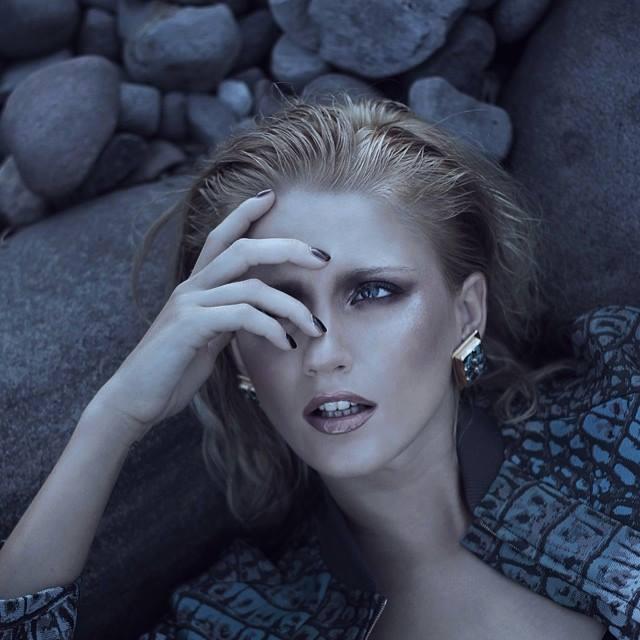 Nikolina Begovac model. Nikolina Begovac demonstrating Face Modeling, in a photoshoot by Paelo Bunyi Pedrajas.Photographer Paelo Bunyi PedrajasMake up Anton PatduFace Modeling Photo #129256