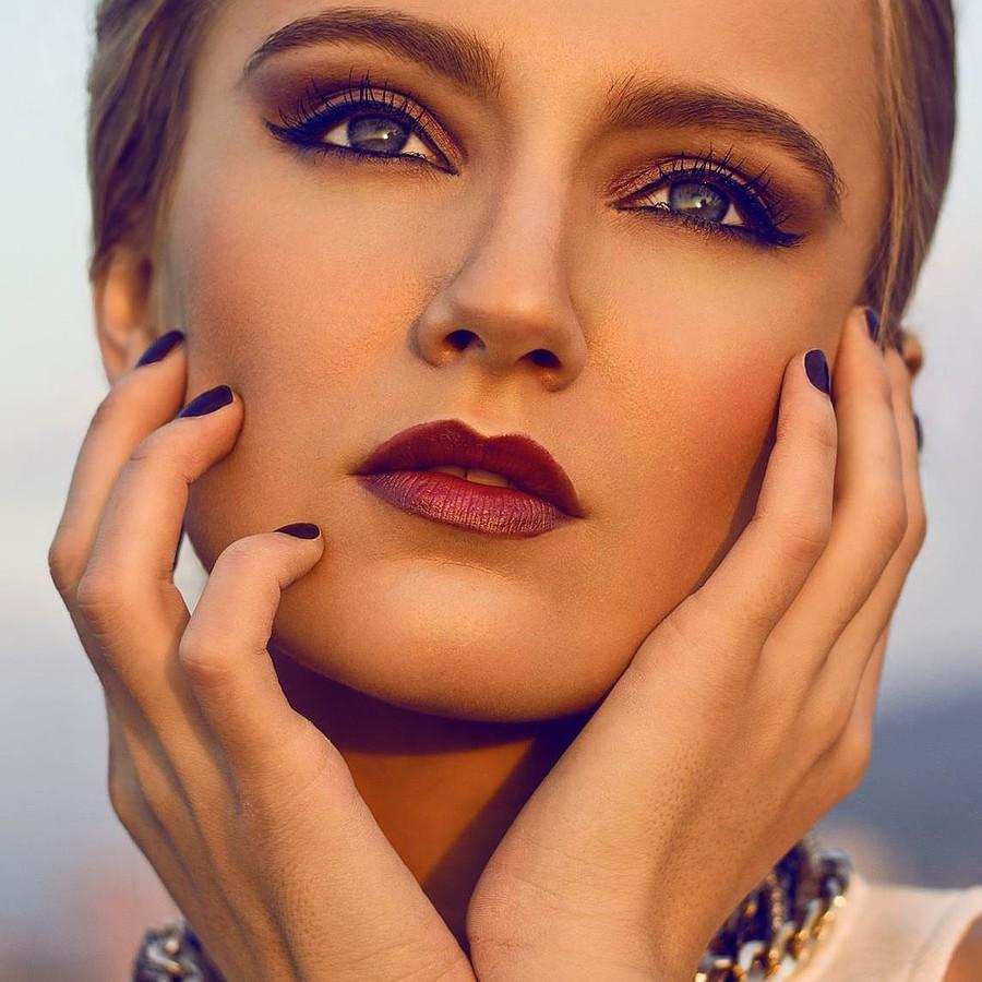 Nikolina Begovac model. Nikolina Begovac demonstrating Face Modeling, in a photoshoot by Petr Andrysek.Photographer: Petr AndrysekFace Modeling Photo #129259