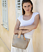 Nikos Tsiros photographer (φωτογράφος). Work by photographer Nikos Tsiros demonstrating Fashion Photography in a photo-session with the model Emma Kroeg-The Legion MGT.For Gillini Bags CampaignPhotographer: Nikos TsirosModel: Emma Kroeg-The legion