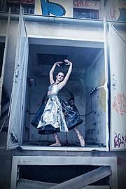 Nina Suzuki photographer. Work by photographer Nina Suzuki demonstrating Editorial Photography.Editorial Photography Photo #68714