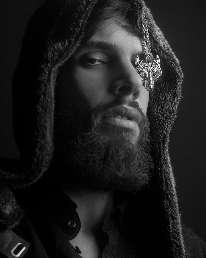 Nondas Kardas model (μοντέλο). Photoshoot of model Nondas Kardas demonstrating Face Modeling.Face Modeling Photo #206585