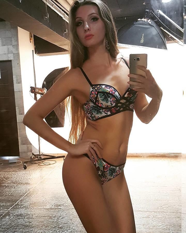 Olga Aleshicheva model (модель). Photoshoot of model Olga Aleshicheva demonstrating Body Modeling.Body Modeling Photo #175839